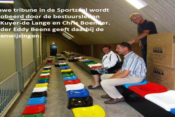 2._De_vernieuwde_tribune_in_de_Sportzaal,_1_.jpg